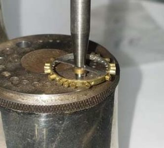 Clock platform balance work